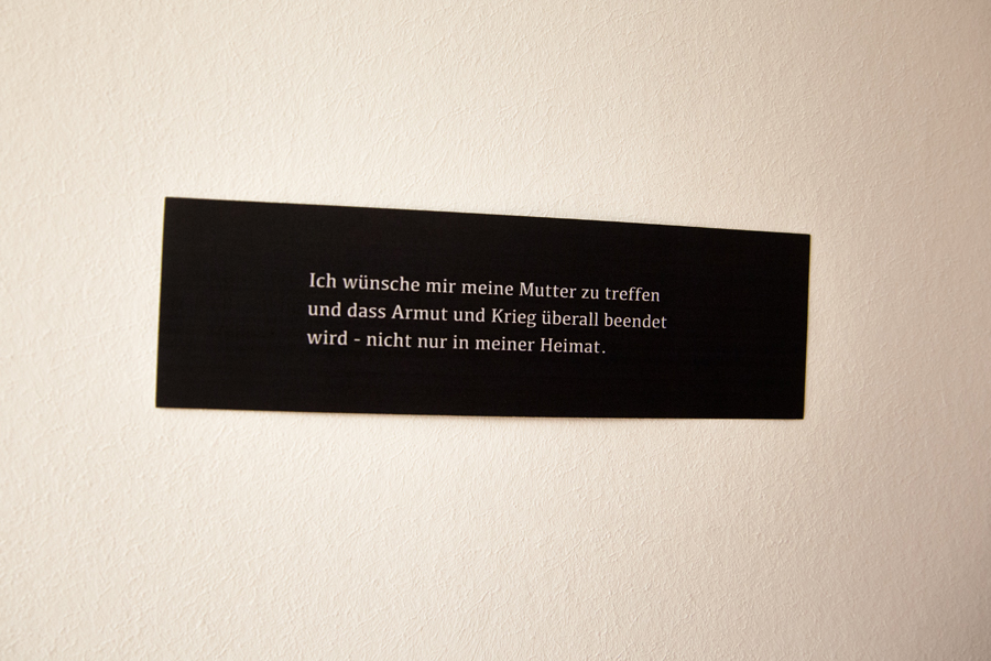ArtAsyl_Ausstellung_Was_mache_ich_hier_Ausschnitte_007